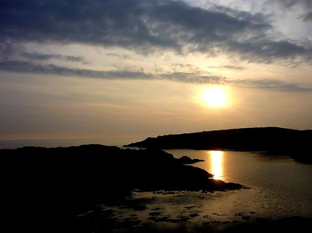 trearddur bay sunset
